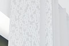 Teba Lamellenvorhang 3166, 3048 Buchstaben grau Detail