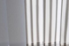 Teba Lamellenvorhang 3001, 3084 grau mit Streifenmuster Stoff- und Farbmuster