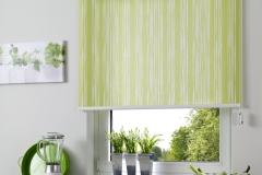Teba Rollo S3 1028 grün mit Streifenmuster Stimmungsbild